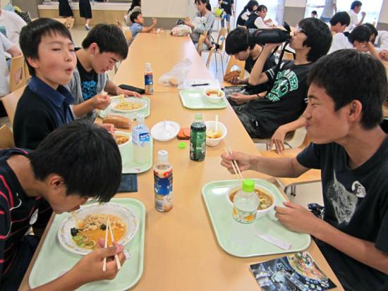 highschool-tour-ichiura-10